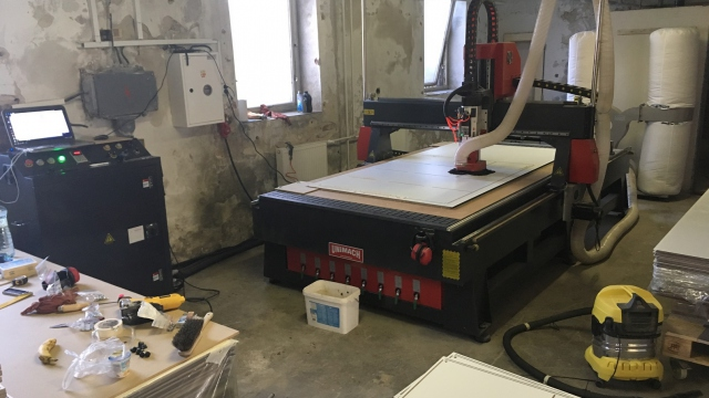 IMG_0453.JPG CNC ROUTER